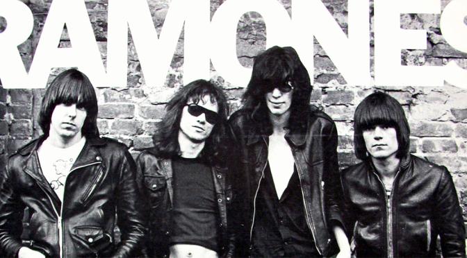 PLAYLIST: Tudo o que você precisa saber para entender os Ramones