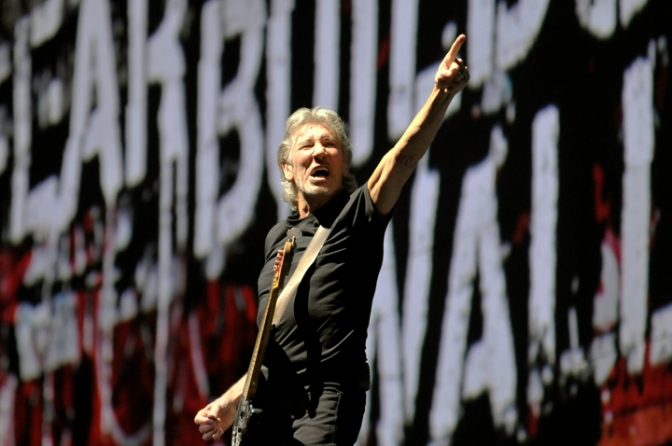 OPINIÃO: Do lado de fora do muro de Roger Waters