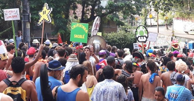 Já temos um vencedor: Super Mario Bloco zera o carnaval 2016!