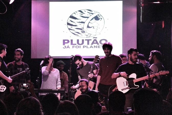 Resenha: Plutão Já Foi Planeta, Radioativa e Bordô @Teatro Odisseia