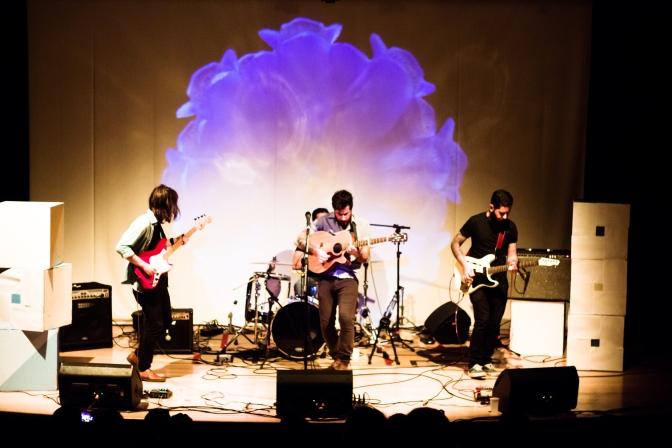 Resenha: Young Lights e Astronauta e Seus Amigos @Teatro Sesc Silvio Barbato