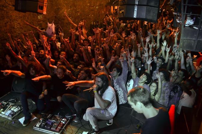 Resenha: Selvagens à Procura de Lei + Vivendo do Ócio + Drops96 + Divisa @ Teatro Odisséia