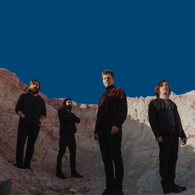 """O estado """"magnetite"""": um pouco mais sobre o novo álbum da Banda Scalene"""